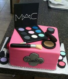 Mac cake for birthday girrlll