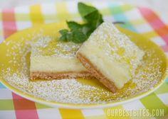 Creamy Lemon Bars. Yes. Please! #elephantandchick #reciperoundup #lemonbars #dessert #bars #lemon #diy #recipe