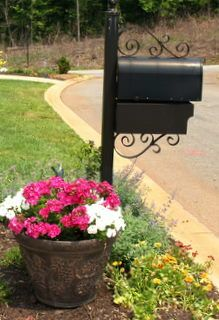 This is so pretty! I just painted our mailbox a couple weeks ago to make it prettier and these added touches would be so nice!