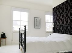 28 Ideas False Wall Closet Bedroom Designs For 2019 Accent Wall Bedroom, White Bedroom, Bedroom Decor, Closet Bedroom, Master Bedroom, Bedroom Interiors, Bedroom Ideas, Black Accent Walls, Black Walls