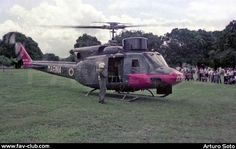 FAV-Club Helicóptero AB-212 ASW de la Aviación Naval en Campo Carabobo, año 1982. (Foto: Arturo Soto)