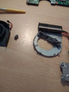 Do we think that's possibly just a tiny bit dusty? Just a wee bit? Hp Pavilion G6, Fan, Running, Keep Running, Why I Run, Hand Fan, Fans