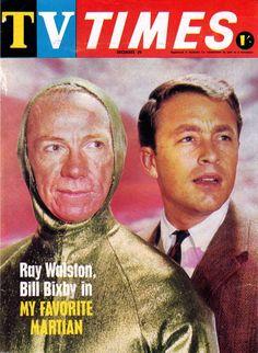 Ray Walston y Bill Bixby, protagonistas de la serie de TV, MI MARCIANO FAVORITO  (My Favorite Martian), emitida por la red televisiva CBS, desde el 29 de septiembre de 1963 hasta el 4 de septiembre de 1966.
