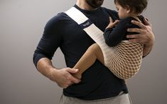 Mesh supportive carrier is suitable from newborn to approximately 2 years. It's made of cotton, compact and easy to use. Mesh, Baby Carriers, Bude, Cotton, Fishnet