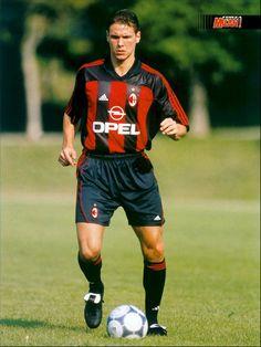 Milan Wallpaper, Football Kits, Ac Milan, Michael Jordan, All Star, Old School, Goal, Legends, Soccer