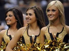 NEW ORLEANS - NOVEMBER 08:  A New Orleans Saintsations Cheerleader at Louisiana Superdome on November 8, 2009 in New Orleans, Louisiana.  (Photo by Ronald Martinez/Getty Images) Photo: Ronald Martinez, Getty Images / 2009 Getty Images
