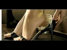 Гениальный трюк, который позволит расширить тесную обувь, чтобы носить е...