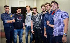 Leonardo Decarli e Federico Clapis nel backstage di X Factor in compagnia degli Spritz for Five! #Outfit #ATPCO #XF8 #XFactor