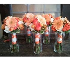 these would be really pretty as bridesmaid bouquets!
