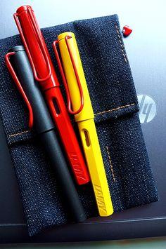 lamy and denim Expensive Pens, Lamy Fountain Pen, Sailor Pens, Pretty Writing, Fine Pens, Pen Design, Stationery Pens, Pens And Pencils, Pen And Paper