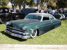 '54 Ford Custom ♪•♪♫♫♫ JpM ENTERTAINMENT ♪•♪♫♫♫ 1950s Car, 1954 Ford, Lead Sled, Kustom Kulture, Cool Trucks, Sport Cars, Old Cars, Custom Cars, Cars And Motorcycles