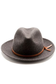 A best friend for travelers far and wide, Yellow108's Luke takes heed from 20s, 30s and 40s style when your hat went with you everywhere. Includes a salvaged leather tie. 100% Merino Wool Salvaged lea