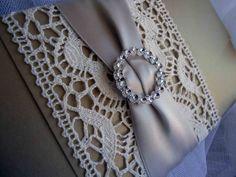 Wedding Invitation Card. Vintage lace Wedding by EstudioDePapel
