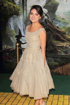 Mila Kunis in Dolce&Gabbana | Tom & Lorenzo Fabulous & Opinionated