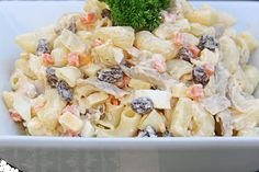 Learn how to make this refreshing Chicken Macaroni Salad and turn it into your own small, home-based business. http://www.entrepreneur.com.ph/business-ideas/homebased-business-idea-how-to-make-chicken-macaroni-salad
