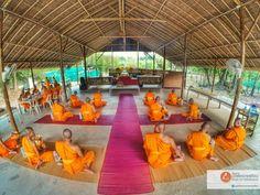 monk meditation บวชเข้าพรรษา บวชฟรี วัดธรรมกาย บวชแสน บวชล้าน บวชเณร บวชระยะสั้น concentration 静座 盘坐 禅定 meditative absorption 单盘坐ภาพดี 072 โครงการบวชพระทุกเดือน: ห้องอาหาร โครงการบวชพระทุกเดือน (ภาพดี072)