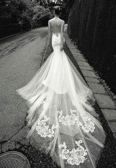 Alessandra Rinaudo Bridal HC...
