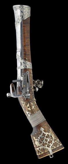 A NORTH WEST PERSIAN MIQUELET-LOCK BLUNDERBUSS, EARLY 19TH CENTURY - http://www.rgrips.com/tanfoglio-limited-pro/1101-limited-pro-grips.html