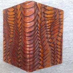 "33 Me gusta, 3 comentarios - Serge Volken (@corioplast) en Instagram: ""Faux tissage #book cover #leather carving"""
