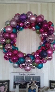 Huge Xmas wreath Ornament Wreath, Ornaments, Xmas Wreaths, Holidays And Events, Food, Home Decor, Homemade Home Decor, Meal, Essen