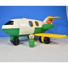 Play Family182 Air Plane Set Little People 1980s Dad Figure No mom boy or girl figure or luggage
