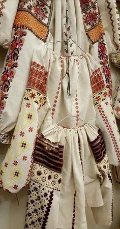 Apron, Costumes, Blouse, Ethnic, Shirts, Fashion, Moda, Dress Up Clothes, Fashion Styles