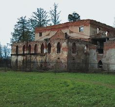 Théâtre Chinois - Tsarskoie Selo - Construit à proximité du Village Chinois en 1778 par Ilia Neïelev sur un projet initial d'Antonio Rinaldi - Etat actuel, un projet de rénovation est envisagé.