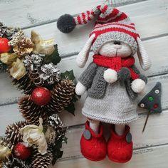 Mesmerizing Crochet an Amigurumi Rabbit Ideas. Lovely Crochet an Amigurumi Rabbit Ideas. Knitted Stuffed Animals, Knitted Bunnies, Knitted Animals, Knitted Dolls, Crochet Dolls, Amigurumi Doll, Amigurumi Patterns, Doll Patterns, Crochet Patterns
