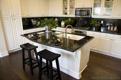 kitchen black/white
