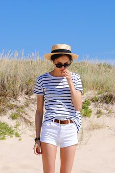Neither yesterday nor tomorrow, today: CANOTIER, Beach Outfits, Neither yesterday nor tomorrow, today: CANOTIER. Stylish Summer Outfits, Preppy Outfits, Edgy Outfits, Mode Outfits, Preppy Style, Fashion Outfits, Beach Outfits, Look Con Short, Nautical Fashion
