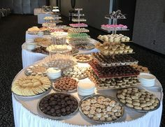 Cookie table for wedding reception @Sara Whitehorn | In case I ...