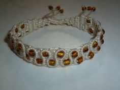 Snaky macrame pattern with beads