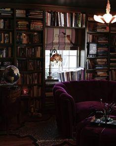 25 Awesome Dark Bohemian Decor - fancydecors - Health and wellness: What comes naturally Dark Living Rooms, My Living Room, Dark Rooms, Decoration Design, Diy Design, Design Color, Sala Vintage, Interior Exterior, Interior Design
