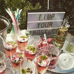 Pimp your Prosecco bar Tolles Wetter tolles #Brautpaar #prosecco #sekt #freixenet #weddingday #wedding #hochzeitsservice #hochzeit#liebeinderluft #bridetobe #bridal #münsterwedding #münster #mywedding #lovemyjob #münsterliebe