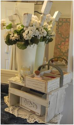 A Southern Belle with Northern Roots/Junkflirt: Vintage Bath