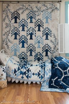 beautiful tree of life quilt in blues