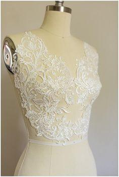 2 x Off White Large Applique Lace Flower Flower Mirror