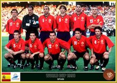 Spain team group at the 1998 World Cup Finals. Spanish Soccer Players, Old Football Players, Soccer Teams, Football Team Pictures, Fifa World Cup France, 1998 World Cup, World Cup Teams, World Cup Final, Fan Picture