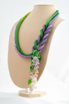 'Waltz of the Flowers ' Handmade beadwork lariat by Sestritsa Alenushka on Yandex.
