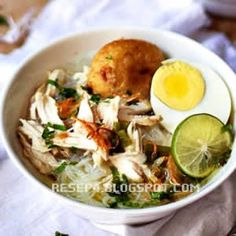 resep-soto-banjar Mexican Food Recipes, Snack Recipes, Healthy Recipes, Indonesian Cuisine, Indonesian Recipes, Cooking Time, Cravings, Good Food, Food And Drink