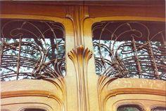 VICTOR HORTA MAISON VAN EETVELDE BRUXELLES L'HOTEL TASSEL BRUXELLES LA MAISON DU PEUPLE BRUXELLES HOTEL SOLVAY BRUXELLES Quelques œuvres À Bruxelles : 1890 : la Maison Matyn - 50 rue de Bordeaux à Saint-Gilles 1890-1903 : transformation de deux maisons...