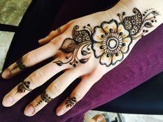 Henna temporary tattoo ❤️