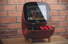Retro game manufacturer has unveiled Desktop Arcade Joy Stick, a wooden… Retro Arcade Machine, Retro Arcade Games, Mini Arcade, Arcade Bartop, Arcade Joystick, Arcade Game Console, Diy Arcade Cabinet, Consoles, 8 Bits