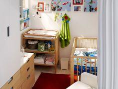 Piccola nursery con lettino e mobile - IKEA