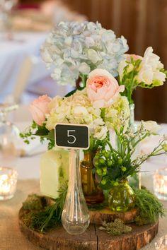 Wedding guest table decor