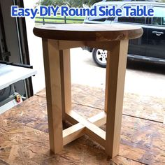 How to build a cheap and easy round side table or stool. Easy enough for beginner woodworkers. Kreg jig build plan. Easy DIY Round Side Table or Stool.