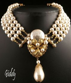 1950's Miriam Haskell Exquisite Faux Baroque Pearl Necklace