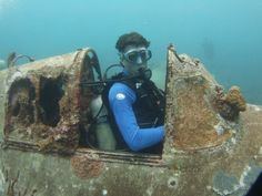 There are more planes in the ocean - Album on Imgur Underwater Photos, Underwater World, Underwater Photography, Abandoned Ships, Abandoned Places, Marine Archaeology, Diver Down, Best Scuba Diving, Deep Blue Sea