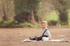 Outdoor children photography.Sitter session. 135 mm