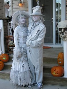 i thought all ghost costumes were lame then i saw what my cousins dressed up